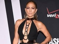 Jennifer Lopez, intr-o tinuta lady like moderna. Hot or Not?