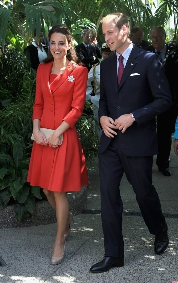 Bianca Dragusanu si Victor Slav ii imita pe Kate si William
